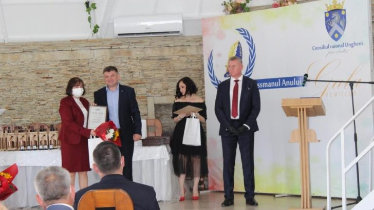 """XIX-a ediţie a Concursul raional """"Businessmanul Anului"""" în raionul Ungheni"""